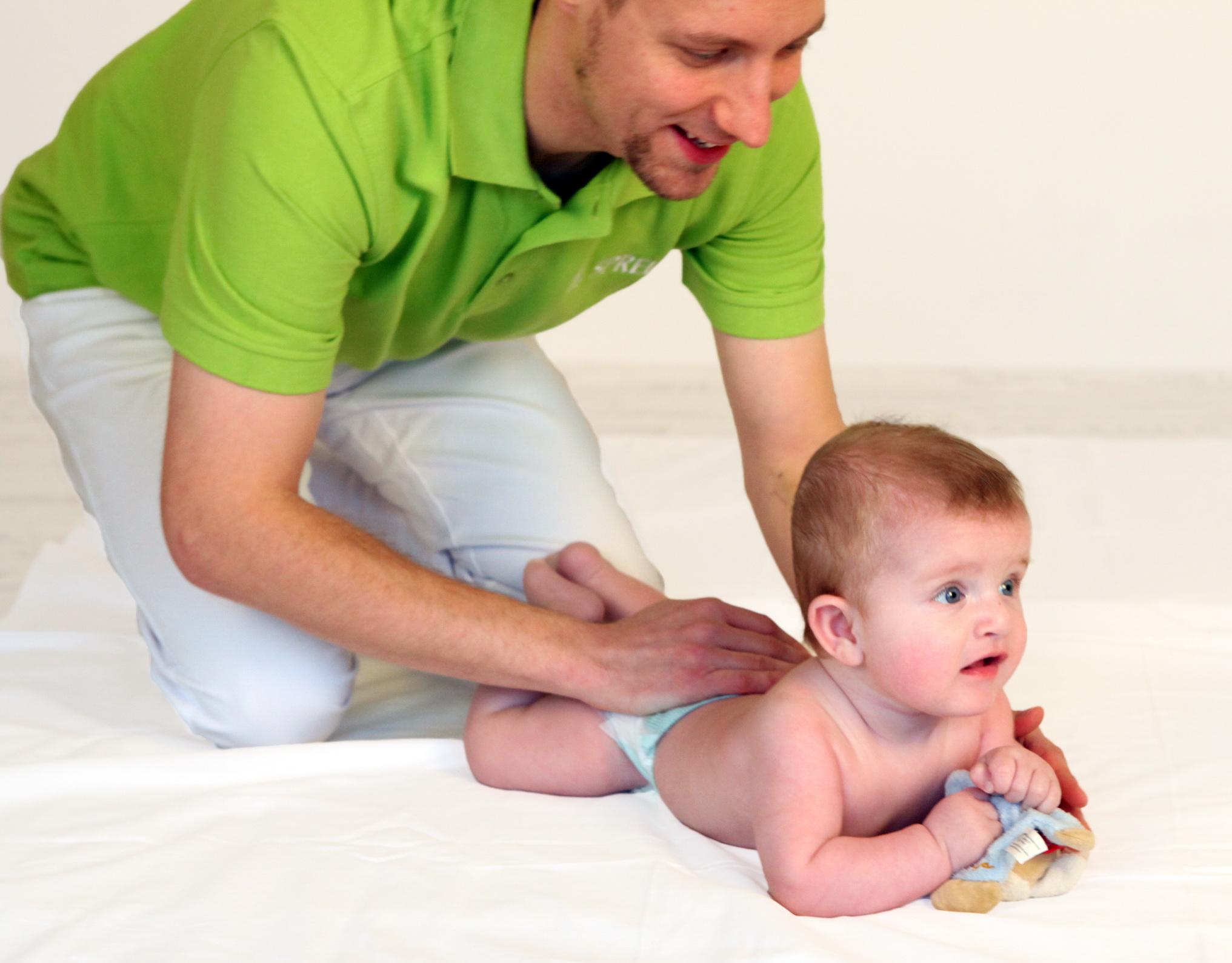 Handling für Babys